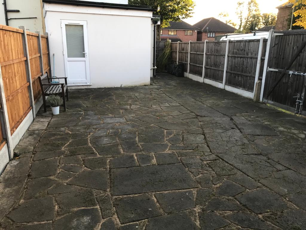 A-Z Clean Repair - Patio tidy up- photos before and after. (8)