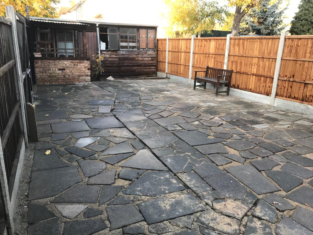 A-Z Clean Repair - back patio jet washing - photos before and after. (11)